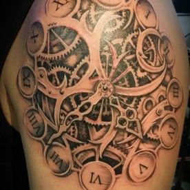 BLACK AND GREY,KLOK,CLOCK,TANDWIELEN,GEAR,ROMEINSE CIJFERS,ROMAN NUMERALS,TATTOO,TATOEAGE
