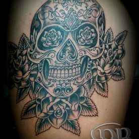 TATTOO,TATOEAGE,BLACK AND GREY,CHICANO,SUGARSKULL,ROSES